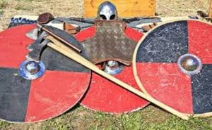armas y armaduras de templarios